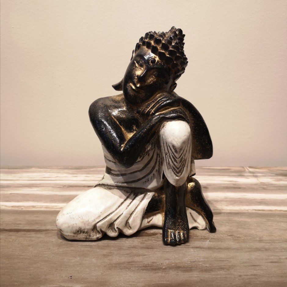 Bouddha rêveur en bois