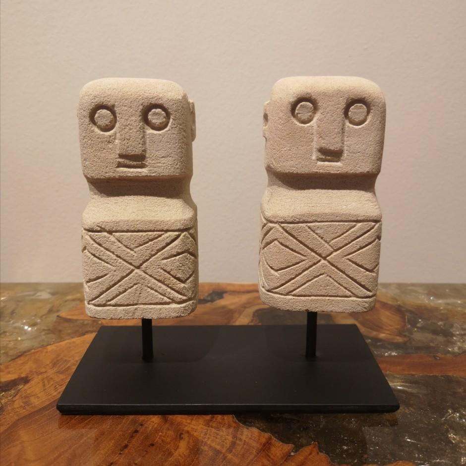 Statues d'ancêtres de Sumba