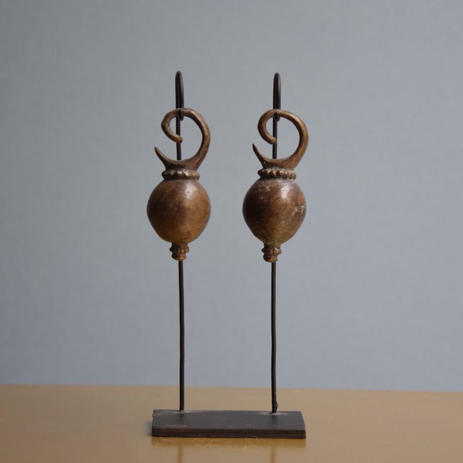 Boucles d'oreilles anciennes en laiton de Bornéo