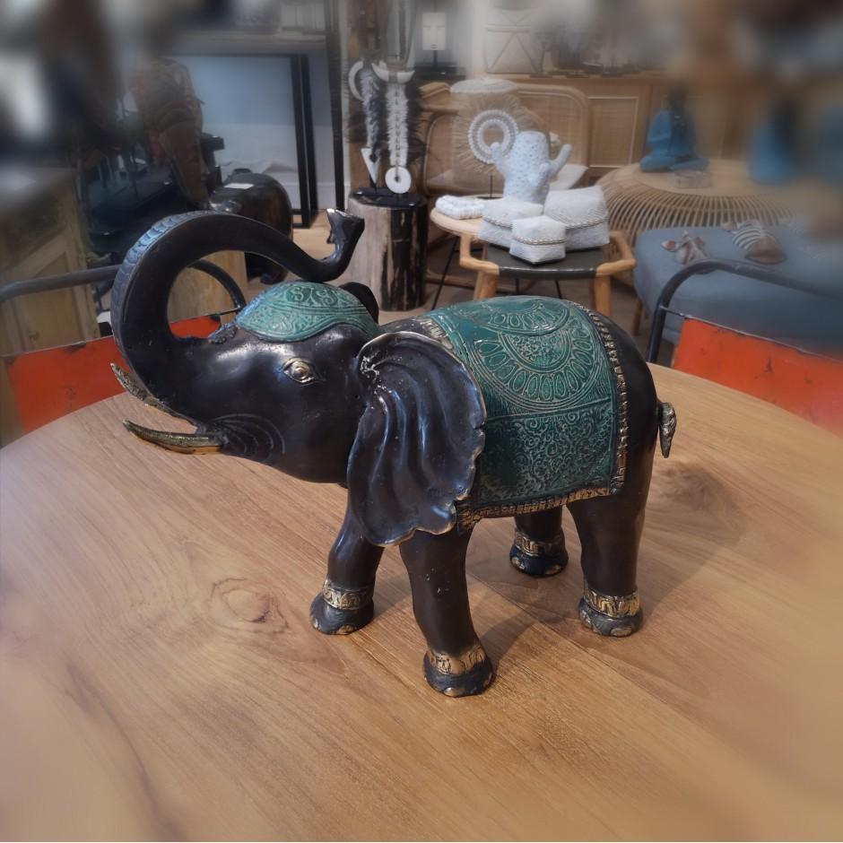 Eléphant Maï en laiton de Java