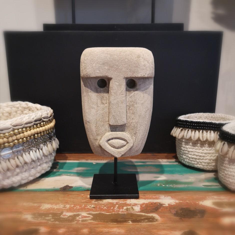 Divinité Oetune de Timor en pierre