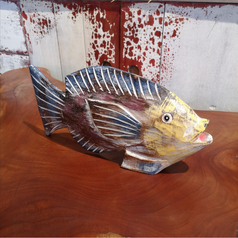 Poisson sculpté et patiné de Java